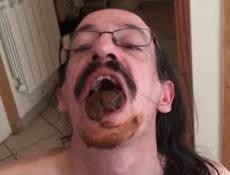 cedric aime le caca