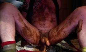 Old gay guy masturbating with shit