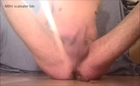 Jerking off with scat