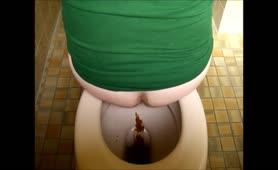 Creamy poop