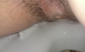Hairy dude pooping a lot